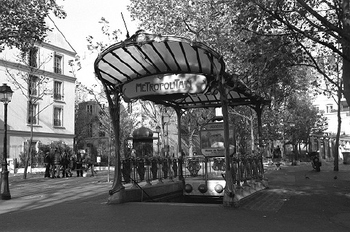 Paris Metro entrance. Photo by Bill O'Such